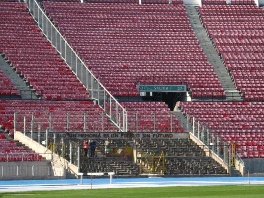 Estadio Nacional. Uno de los principales lugares de tortura durante la dictadura de Pinochet. Esta zona es en memoria de los presos políticos.